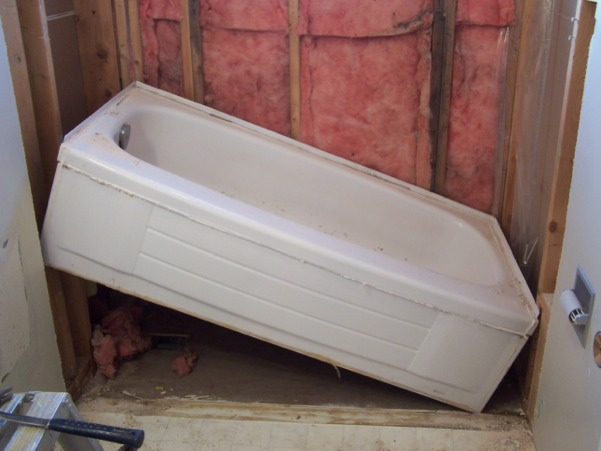 How to Remove and Replace a Bathtub | Terry\'s Plumbing