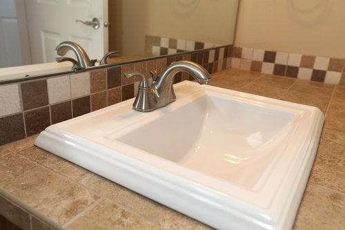 Ceramic Vs. Stainless Steel Sink | Terry\'s Plumbing