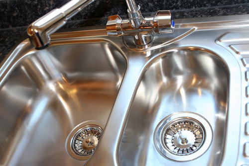 Stainless Steel Sinks Provide Functionality And Convenience
